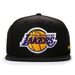 Lakers Mitchell & Ness Snapback Hat